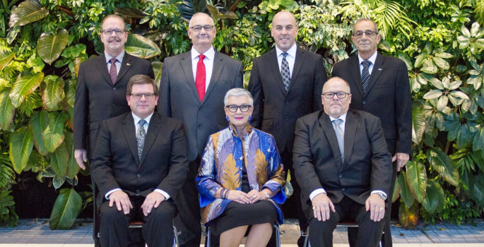 Photo of mayor, deputy mayor and council in 2018